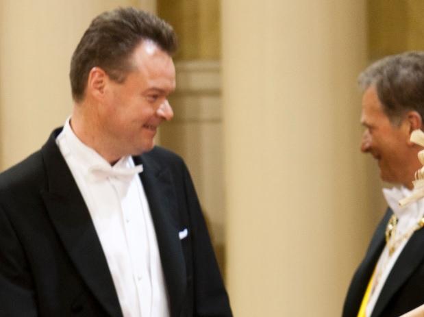 Kuvassa Juha Heikkilä presidentti Sauli Niinistön vieraana. (Kuvaryhmä, OM)