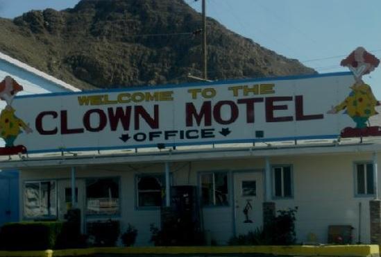Kauhujen motelli myytävänä - ostaisitko sinä (katso kuva) - Hymy