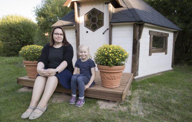 Viisivuotias Jasmin sai ontelosyyliin avun luontaistuotteesta.