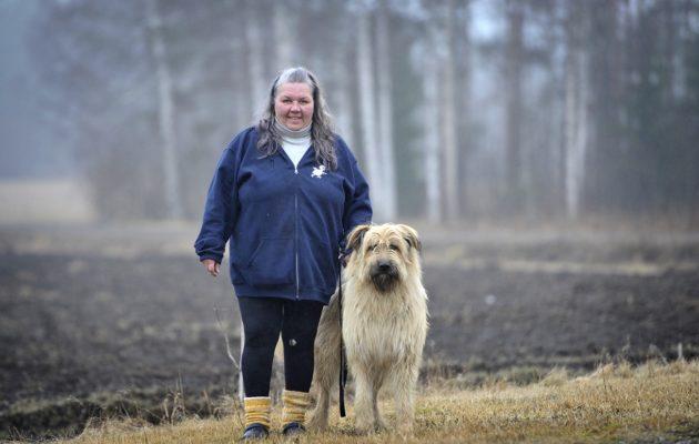 8.4.2019 Eura Honkilahti Oili Lehtonen. Koiran nimi Otto. Kuva : Juha Sinisalo.