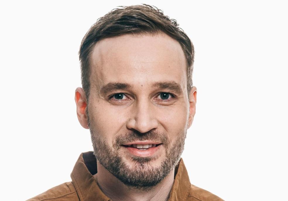 Juuso on juontanut Nelosen suosittua Selviytyjät Suomi -ohjelmaa