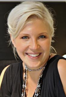 Carmen Mäkinen Hymy