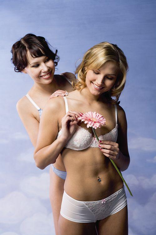 seksikkäitä naisia alasti Iisalmi