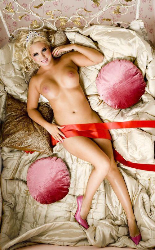 hymy lehti alastonkuvat eroottinen hieronta helsinki