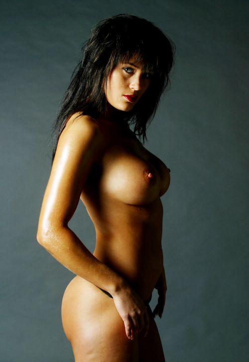 Seksikäs musta paksu alasti tissit-3339