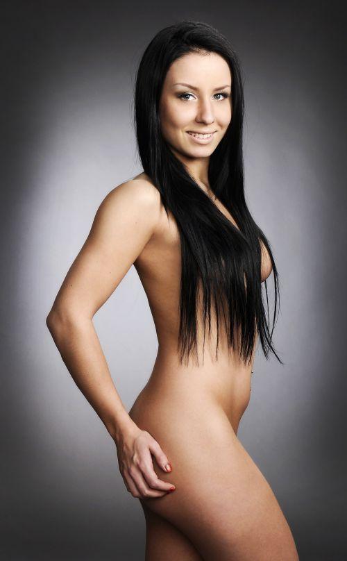 kuumat maria monde alasti